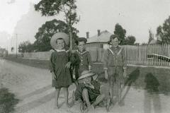 Local children 1913